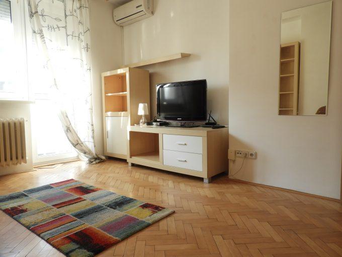 Prenájom 1i. zariadeného bytu s klimatizáciou, v obľúbenej lokalite blízko centra, Svätoplukova ul. BA- Nivy