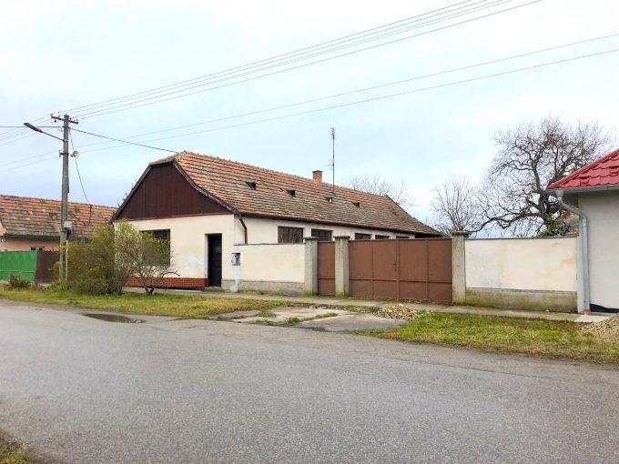 PREDANÉ – 3-izb. RD vo Vojke – kúsok vidieka blízko pri Bratislave